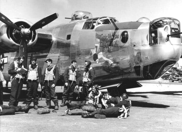 the contributions of the usa air force during world war ii The history of women who served in or with the us military during world war ii is a complex story of policy women's army corps (wac), army air.
